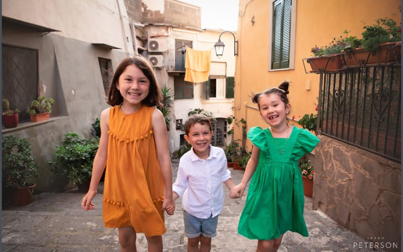 Three Little Kids / An Evening in Pozzouli / Family Photos  / Sarah Peterson Photography